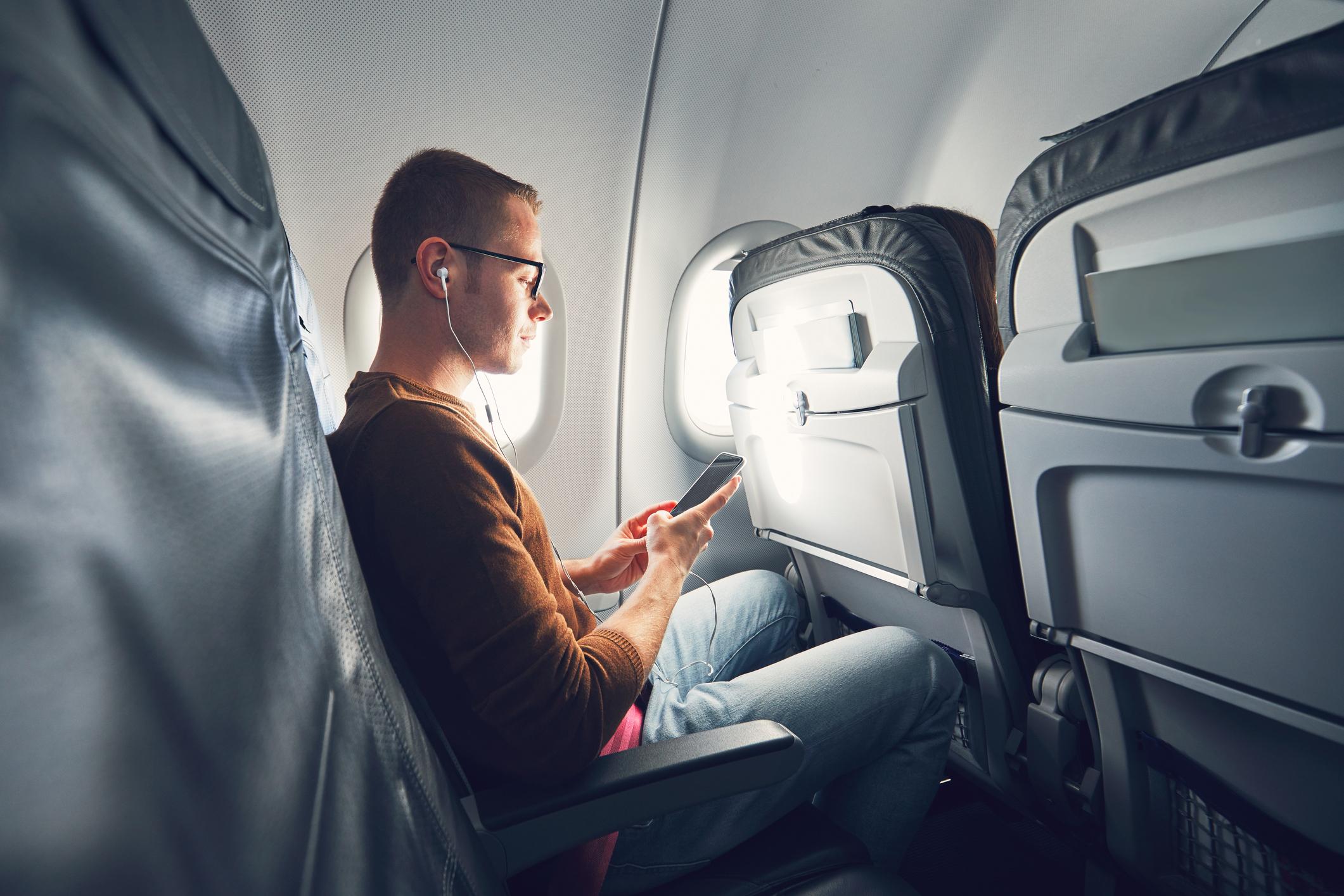 Pessoas que passaram muito tempo em repouso, acamadas, ou que fizeram voos longos, têm um risco aumentado para a trombose e suas complicações.